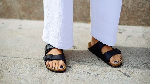 Are These Cool-Girl Sandals the New Birkenstocks? | StyleCaster