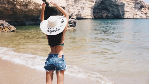 Forget 'Street Style'—Here Are 50 Glorious Photos of Beach Style | StyleCaster