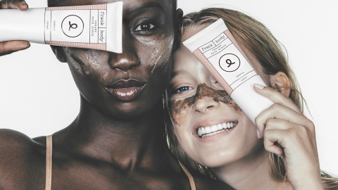 This Super-Chic Australian Beauty Brand Sells One Product Every 27 Seconds | StyleCaster