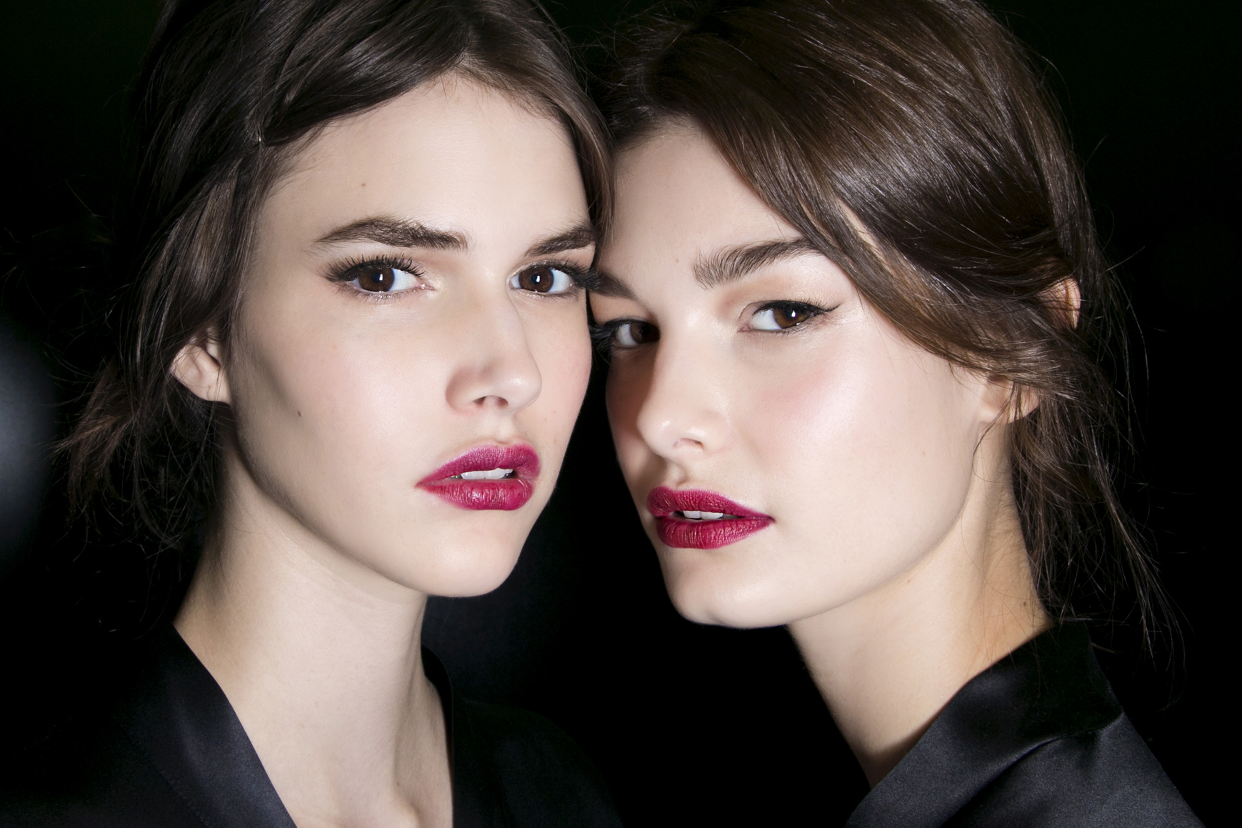 The 5 Best Kiss-Proof Lipsticks, According to the Internet