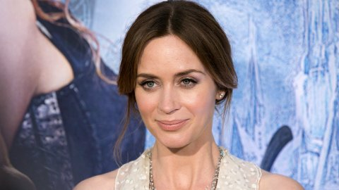 Emily Blunt Is the New Mary Poppins (and She Has the Best Costar)   StyleCaster