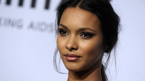 The Drugstore Products Brazilian Supermodel Lais Ribeiro Swears By | StyleCaster