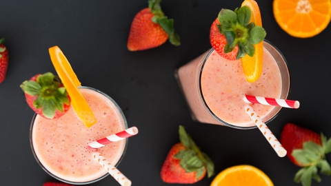 30 Perfect-for-Summer Strawberry Smoothie Recipes | StyleCaster