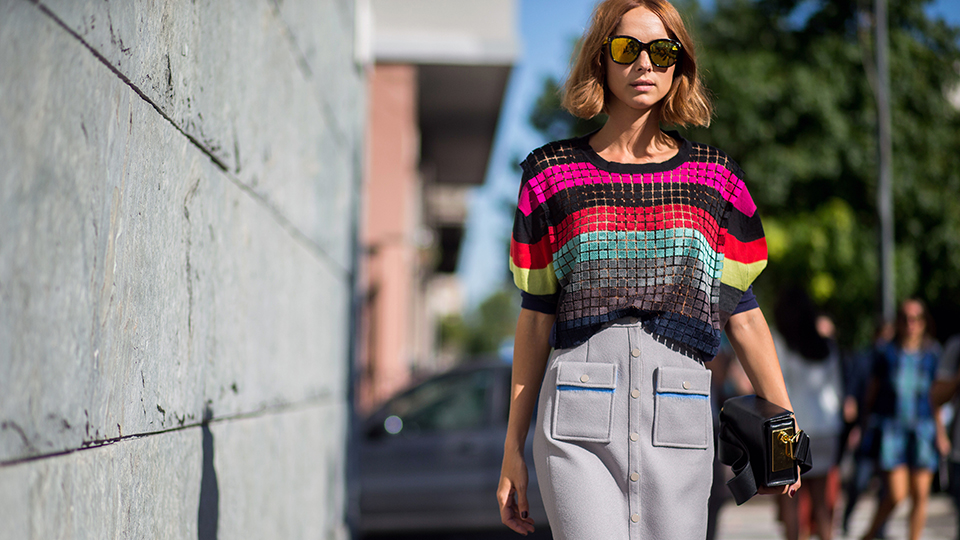 35 Outfits to Wear to Work When It's Hot as Hell Outside
