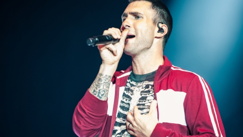 Adam Levine Offers to Pay for Christina Grimmie's Funeral  | StyleCaster