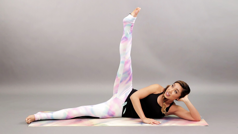These Simple Pilates Moves Will Tone-Up Your Thighs, Fast | StyleCaster