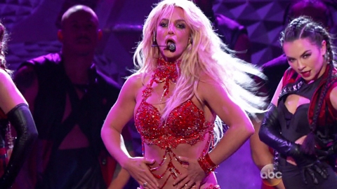People Are Flipping Out Over Britney Spears' New Single | StyleCaster