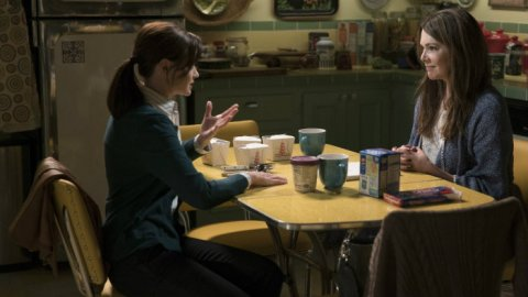 The Countdown Begins: 'Gilmore Girls' Has a Release Date | StyleCaster