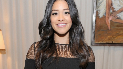 Gina Rodriguez Reveals Anxiety With Going Makeup-Free | StyleCaster