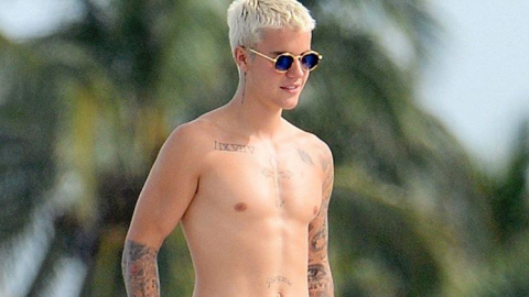 Justin Bieber Wakeboarding in See-Through White Boxers Is 💯 | StyleCaster