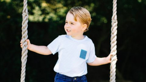 Animal Welfare Groups Aren't Too Thrilled with Prince George's Birthday Photo Shoot  | StyleCaster