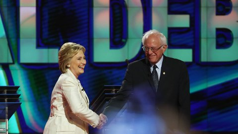 Bernie Sanders Just Endorsed Hillary Clinton for President | StyleCaster