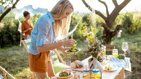 50 Simple Summer Salads That Aren't Epically Boring | StyleCaster