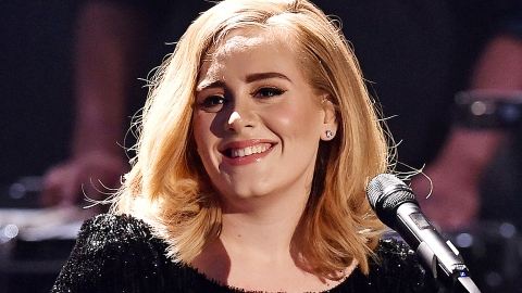 Adele Fans Are Convinced The Singer Is Coming Out With New Music Soon | StyleCaster