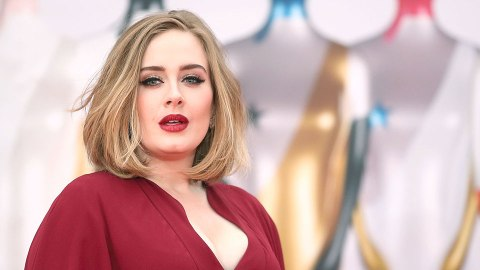 This is What Adele Looks like with a Cold | StyleCaster