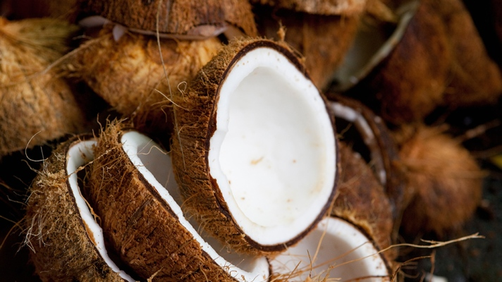 15 Coconut Oil Beauty Products to Celebrate World Coconut Day