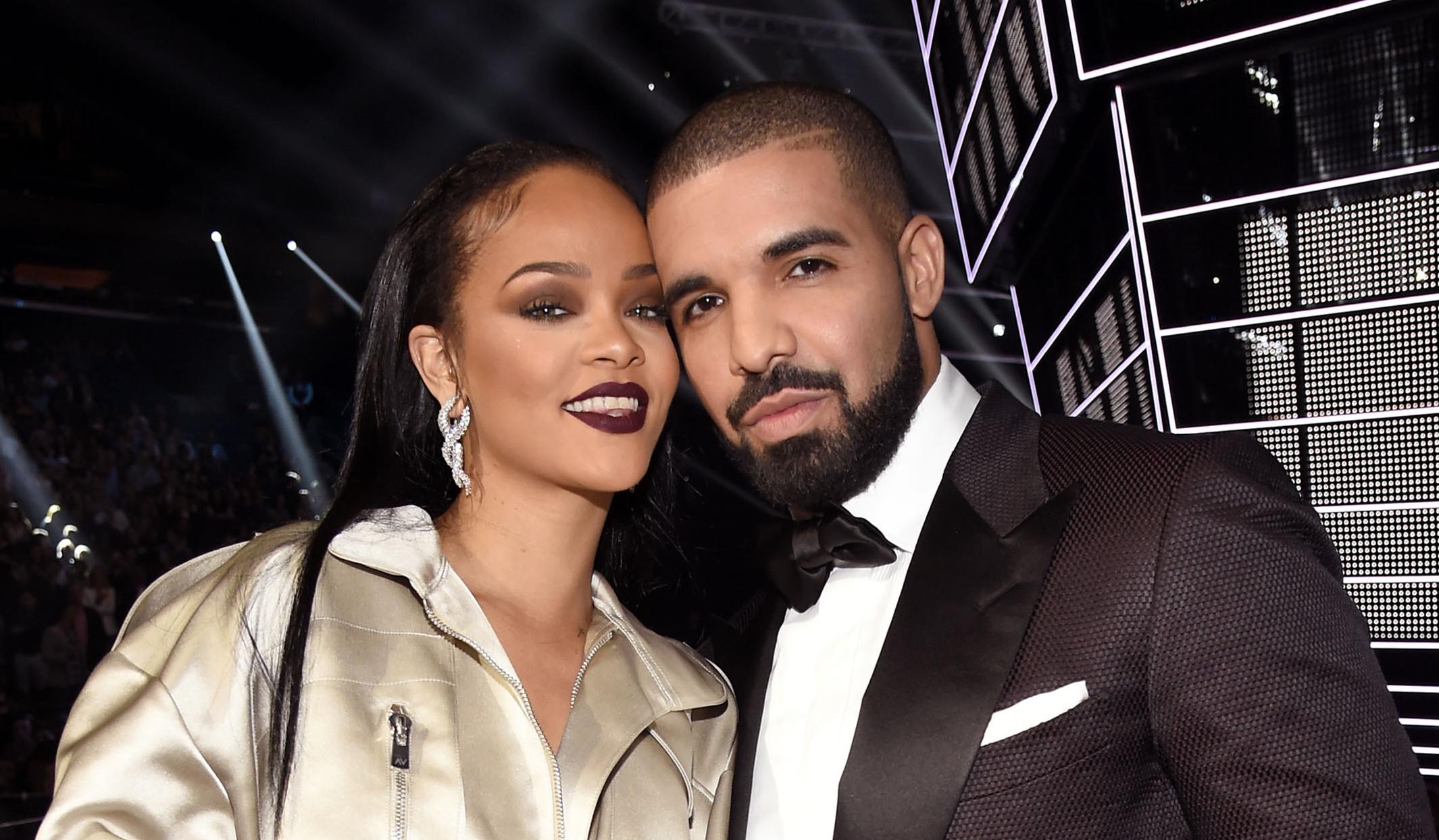 Relationship history rihanna Rihanna's Dating
