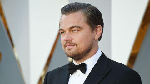 Leonardo DiCaprio Proves to Be Perfect Genteleman   StyleCaster