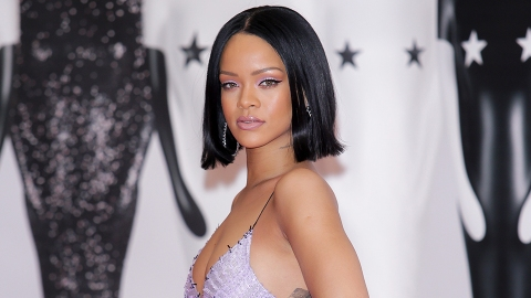 Drop Everything and Look at Rihanna's Post-Apocalyptic 'W' Cover | StyleCaster