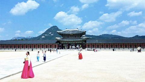 The Beauty Guru's Guide to Seoul, South Korea | StyleCaster