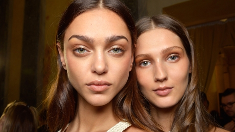8 Skin-Boosting Supplements for Your Best Complexion Ever   StyleCaster