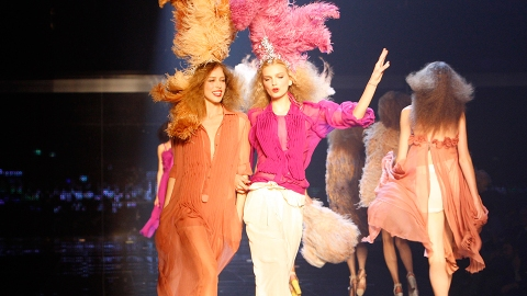 21 Times Sonia Rykiel's Runway Looked Like the Best Party in Paris   StyleCaster