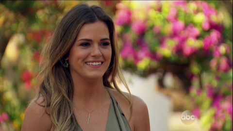 JoJo Fletcher Makes Her Choice on the Bachelorette—and Twitter Isn't Happy | StyleCaster