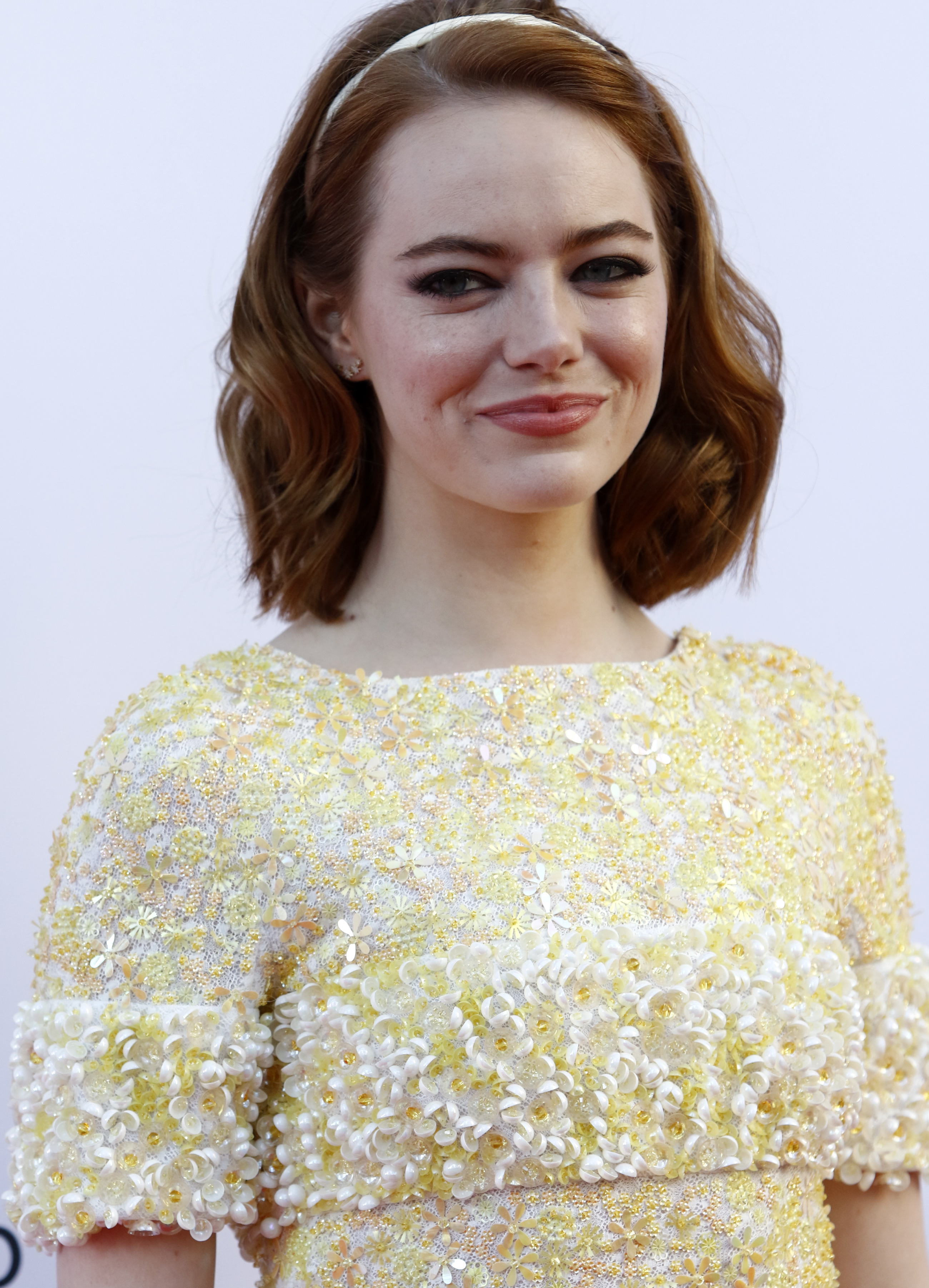 Emma Stone Wears No Makeup At Music Fest Stylecaster