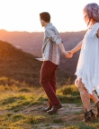 These Couples Prove You Need to Have Your Engagement Photos Taken in the Fall...