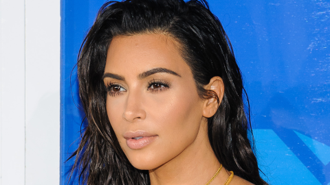 In Which Kanye Gives Kim Yet Another Massive Diamond Ring | StyleCaster