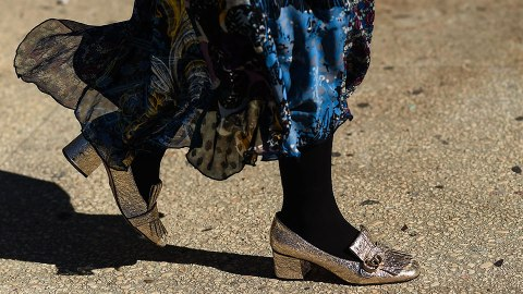 The Street Style Guide to Transitioning Your Footwear Into Fall   StyleCaster