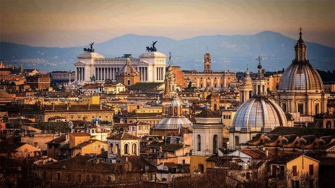 Rome's Best Gelato, Plus 9 More of the City's Most Instagrammable Highlights | StyleCaster