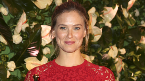 Bar Refaeli Parades Her Post-Baby Body in a Bikini | StyleCaster