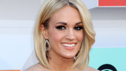 Carrie Underwood's Exercise Routine Is Totally Over the Top | StyleCaster
