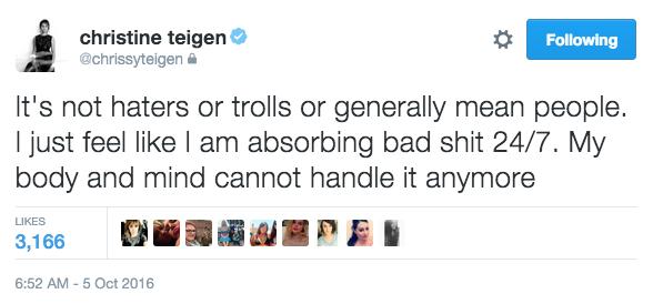 Twitter / Chrissy Teigen