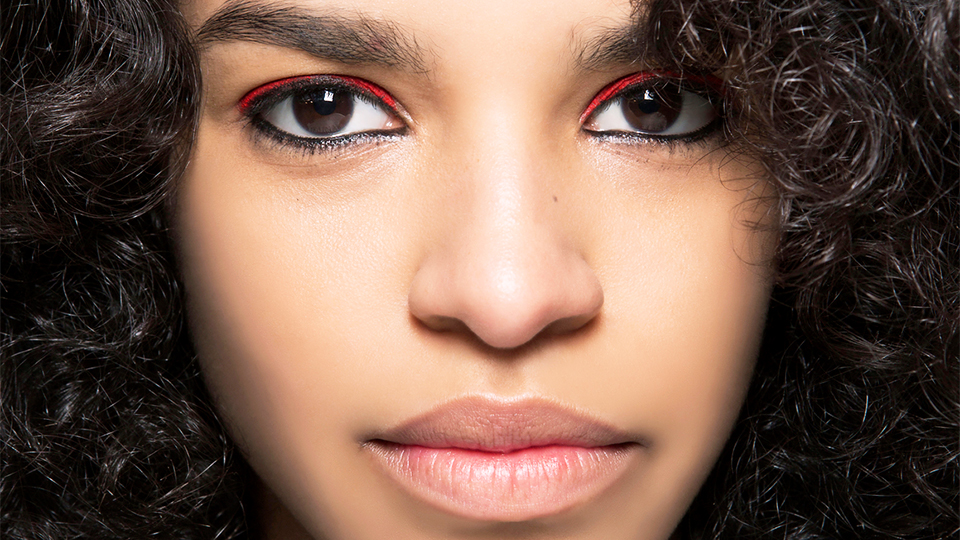 How to Pull Off Bottom Eyeliner the Modern Way