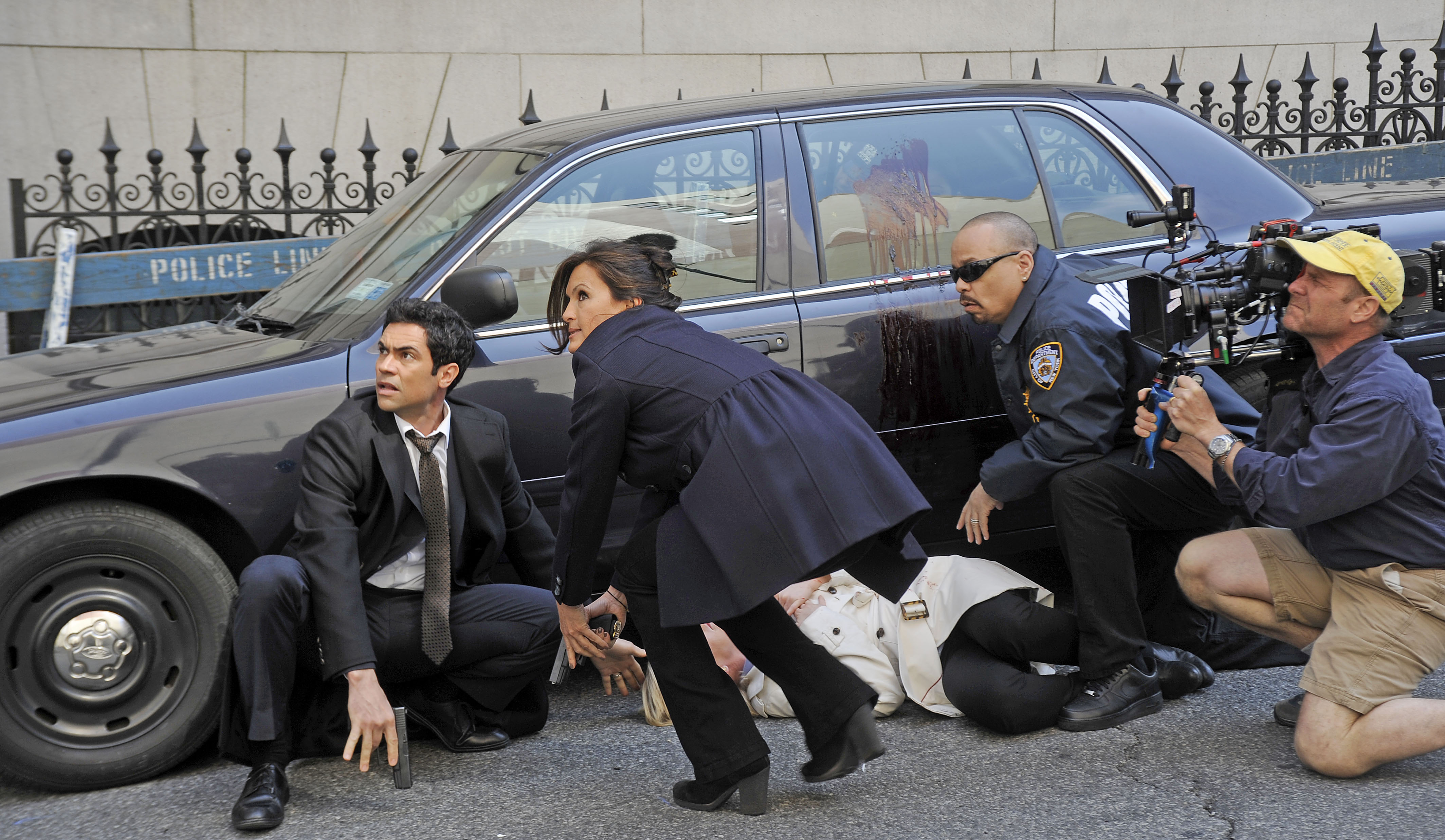 Here's What It's Like to Be a 'Law and Order: SVU' Extra
