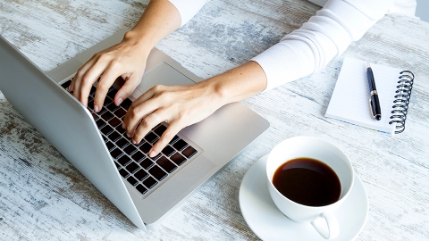 3 Simple Ways to Get More Work Done, Faster | StyleCaster