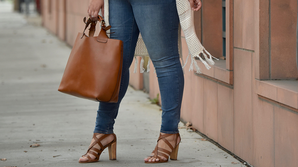 15 Pairs of Plus-Size Skinny Jeans to Shop Now