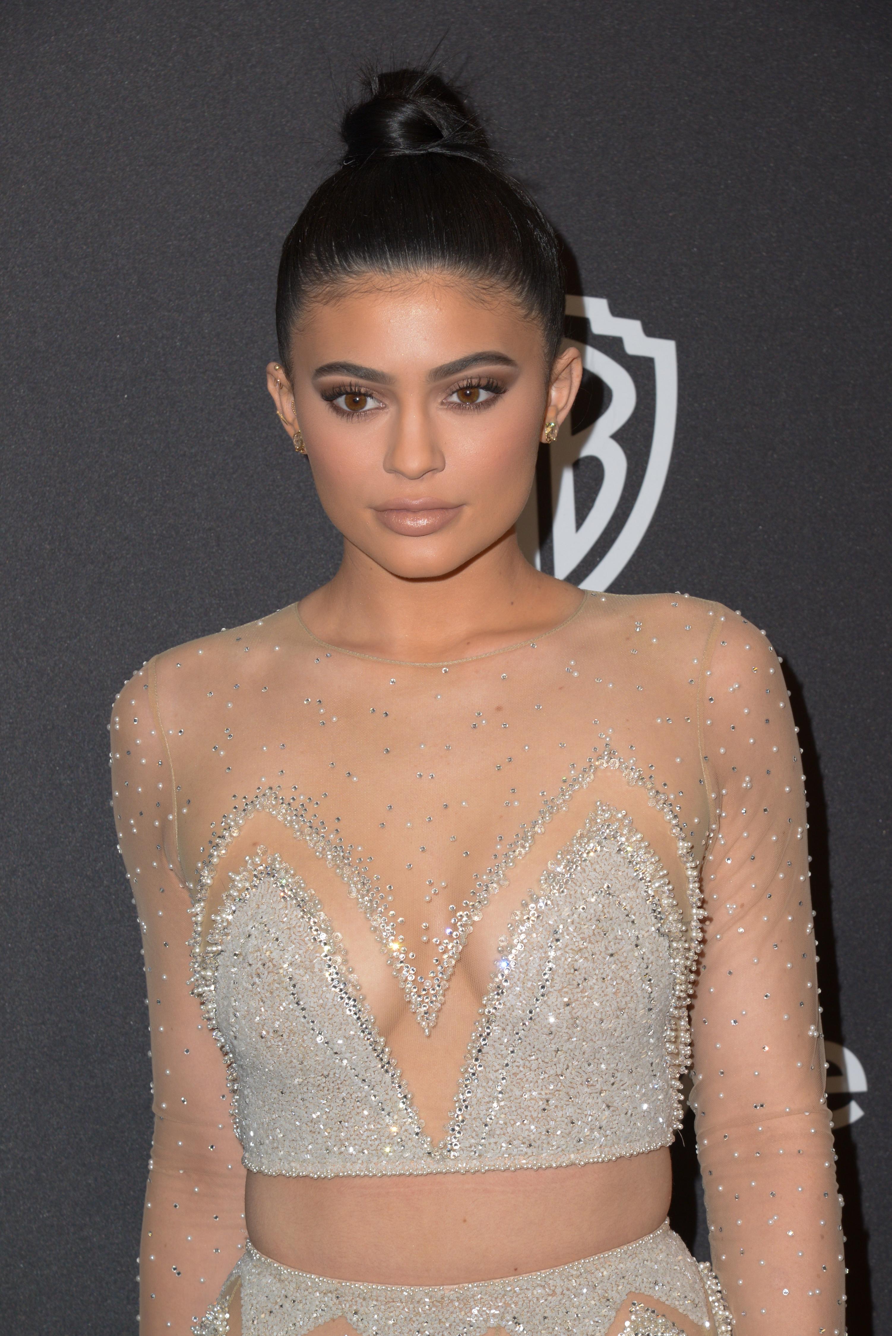 No Bigs: Kylie Jenner Just Bought a *Third* Hidden Hills Mansion