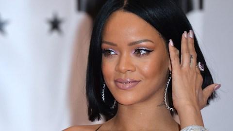 Rihanna Slams Leonardo DiCaprio, Chris Brown: 'I Wasn't Da Problem'   StyleCaster