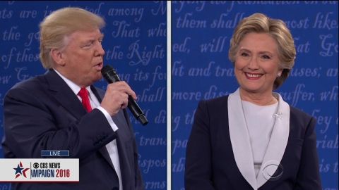 7 of the Most Outrageous Moments from Last Night's Stressful-as-Hell Debate | StyleCaster
