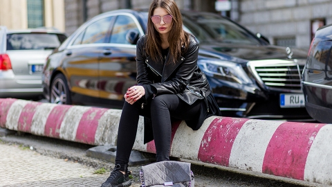 27 Foolproof Ways to Wear Black Jeans Right Now | StyleCaster