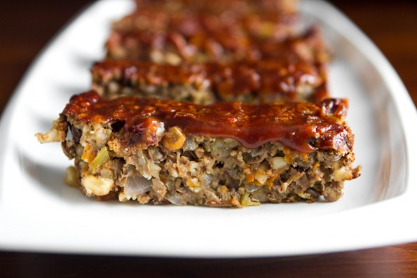 How to Make Vegan Meatloaf for a Meatless Turkey Day