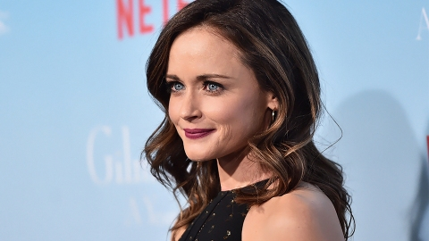 The 2 Drugstore Hair Products Rory Gilmore *Actually* Uses | StyleCaster