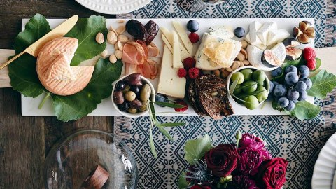 How to Throw a High-Style, Low-Stress Thanksgiving | StyleCaster