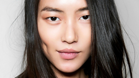 How to Get Glowing, Hydrated Skin Overnight | StyleCaster