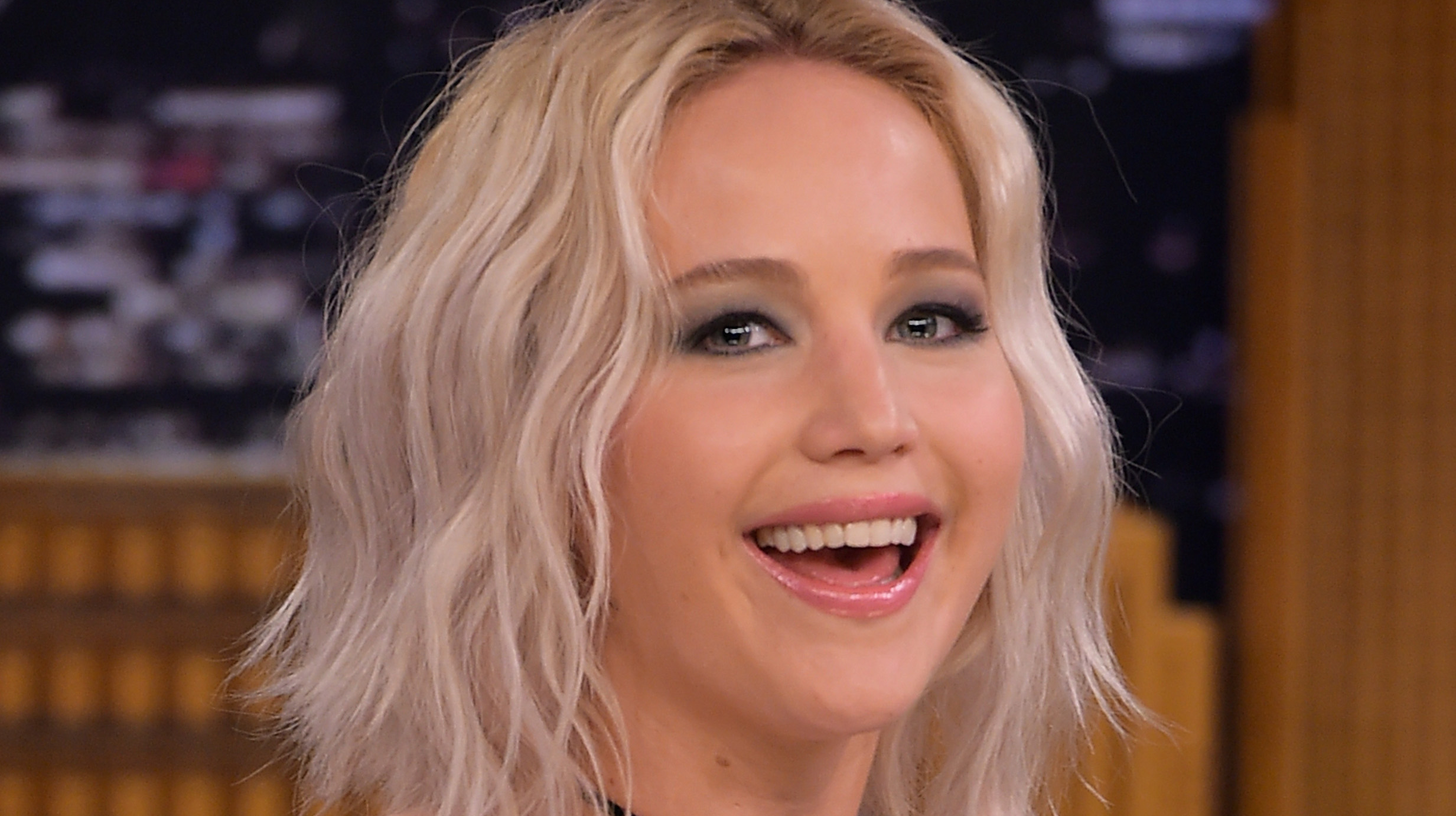 Jennifer Lawrence Rocks Some Serious Hair Extensions at 'Passengers' Premiere