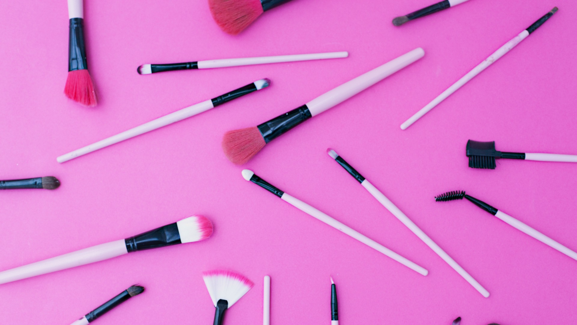 Your Complete Guide to Makeup Brushes and How to Use Them