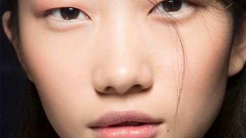 The Weird and Annoying Way Pollution Is Totally Effing Up Your Skin | StyleCaster